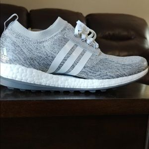 Adidas boost NWT grey and white